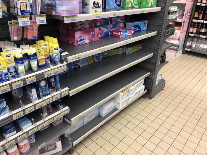 Moins de mouchoirs au supermarché